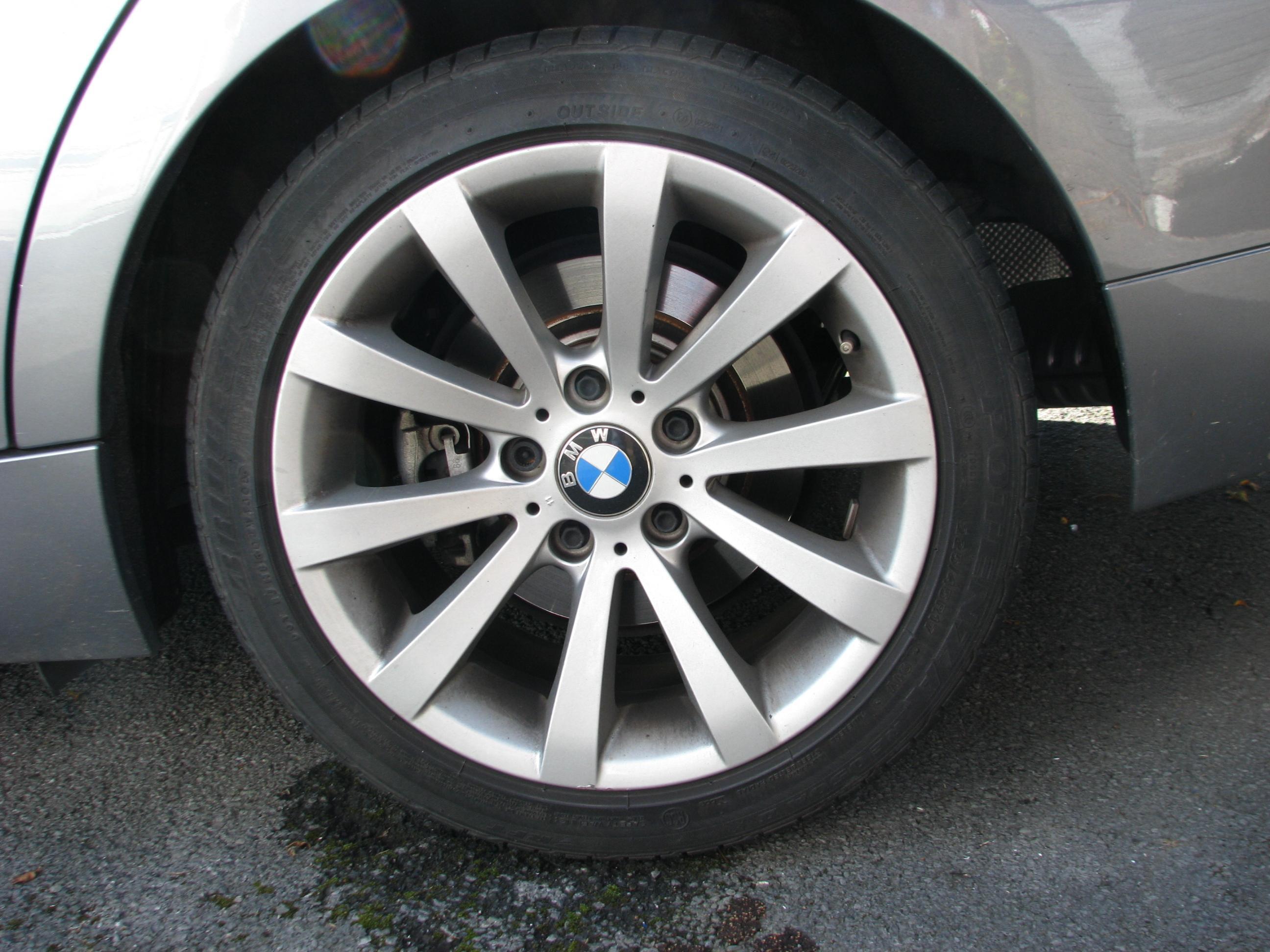 Lire les caractéristiques d'un pneu