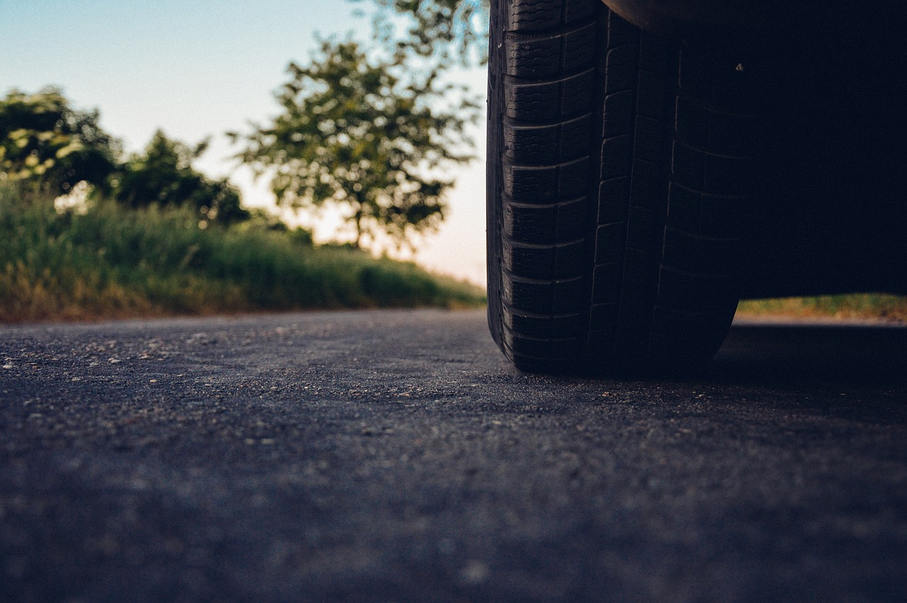 les methodes conseillees pour bien gonfler les pneus 0de sa voiture